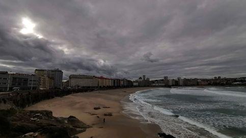 Detenida en A Coruña por empujar a un policía durante un botellón