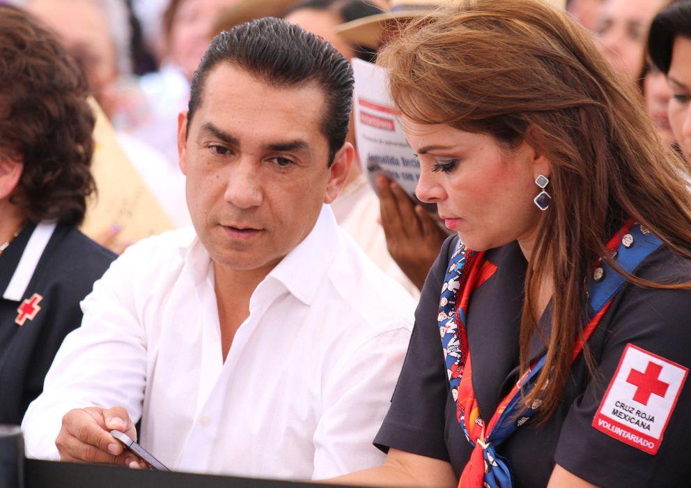 Foto: José Luis Abarca, y su esposa,esposa María de los Angeles Pineda (EFE)
