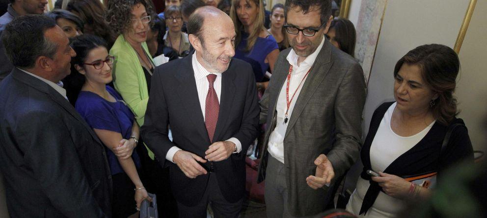 Foto: Rubalcaba realiza el anuncio en el Congreso (Efe)