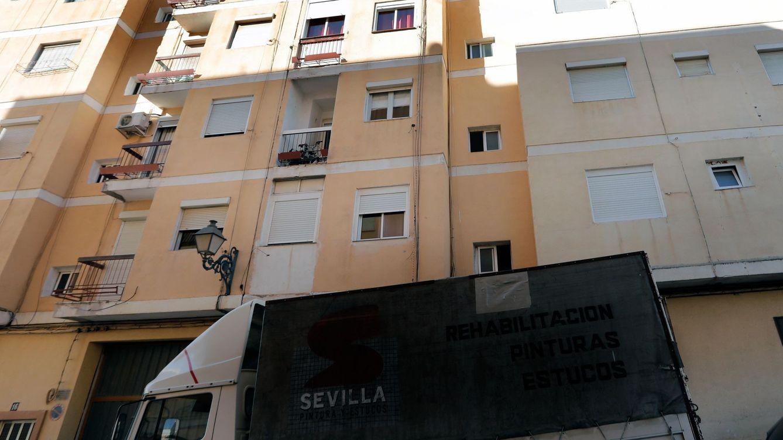 Detenido un hombre tras acuchillar a su madre de madrugada en Valencia