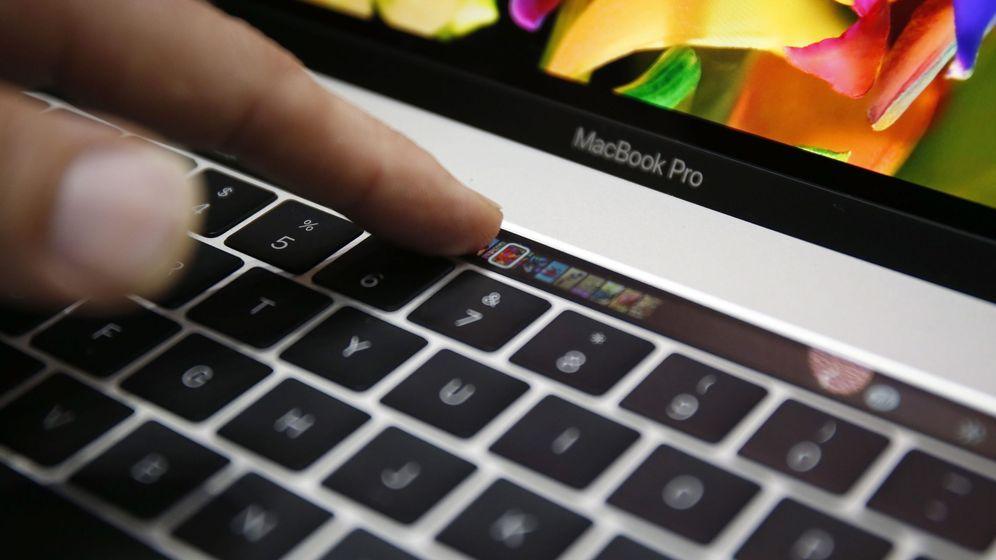 Foto: El nuevo Macbook Pro de Apple demuestra que a la empresa le siguen interesando los portátiles. (Reuters)