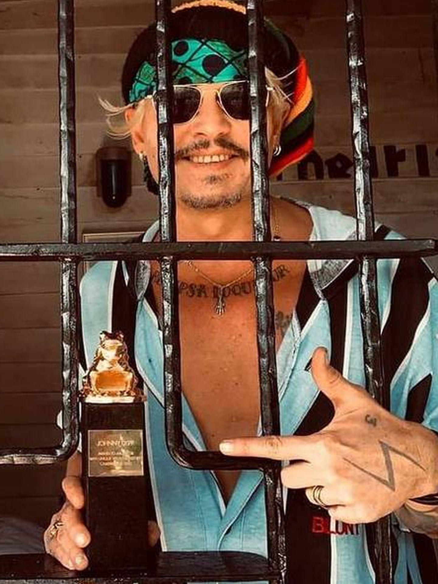 Johnny, tras las rejas. (IG @camerimage.festival)