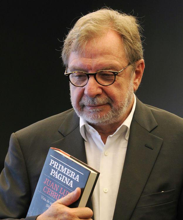 Foto: El fundador del diario 'El País' Juan Luis Cebrián presentó su libro en la Feria de Guadalajara, México.