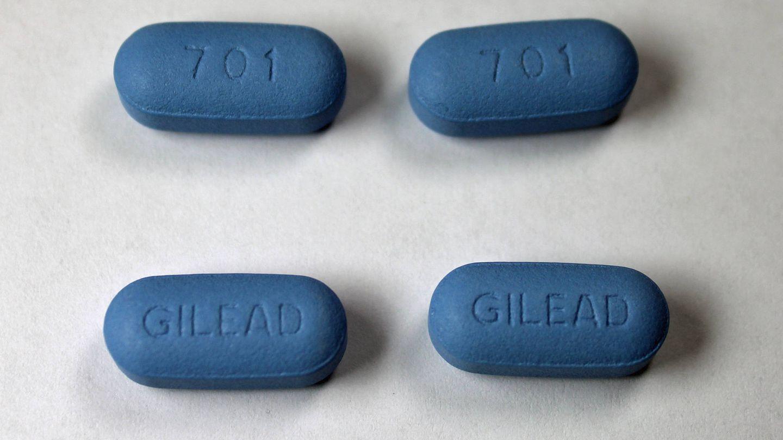Varias pastillas PrEP. (Wikimedia Commons)