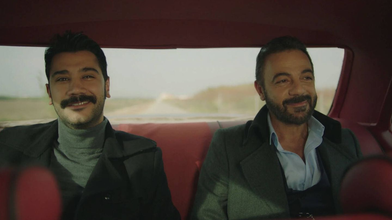 Yilmaz y Fekeli, personajes de 'Tierra amarga'. (Atresmedia)