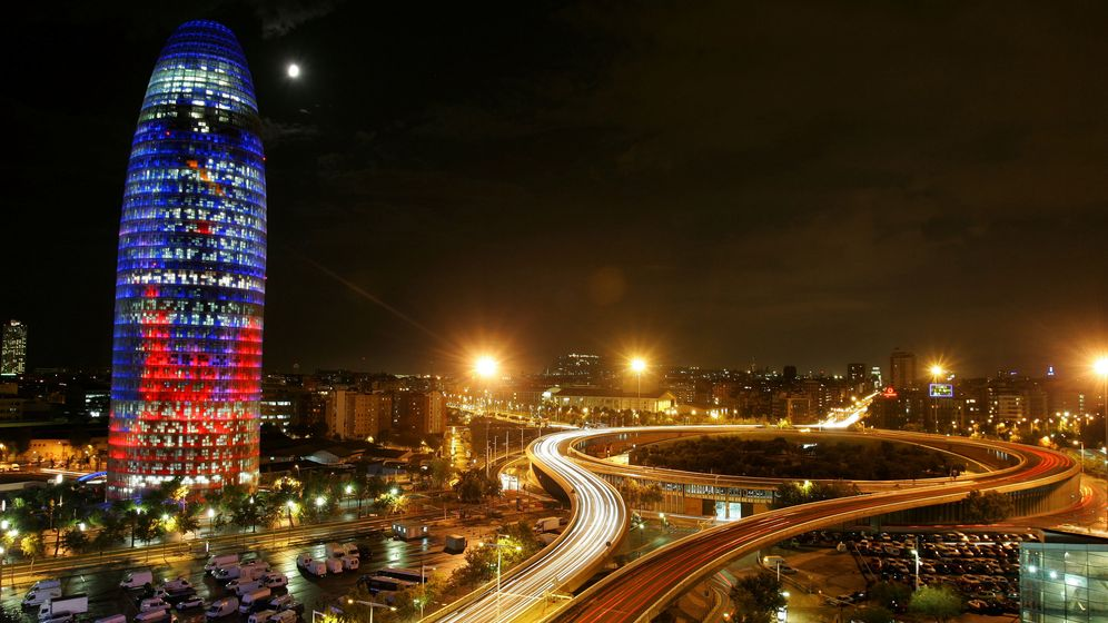 Foto: Imagen de archivo de la Torre Agbar en Barcelona. (Reuters)