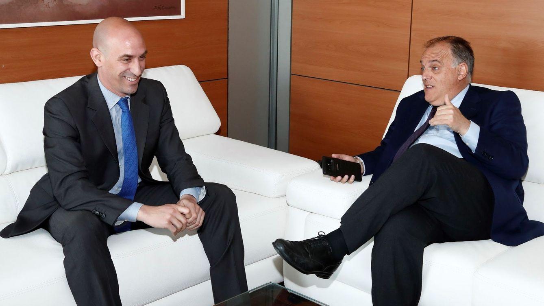 Rubiales plantea un cambio de formato de la Liga y Tebas le pide ir contra la Superliga