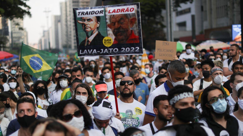 Manifestación de desencantados con Bolsonaro. (Reuters)