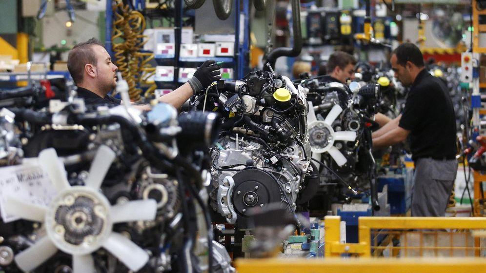 Foto: Cadena de montaje en la fábrica de Nissan en Barcelona. (Reuters)
