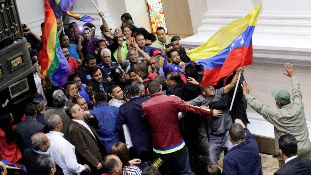 Bloqueo y protestas en Venezuela: ¿qué puede pasar tras el asalto a la Asamblea?