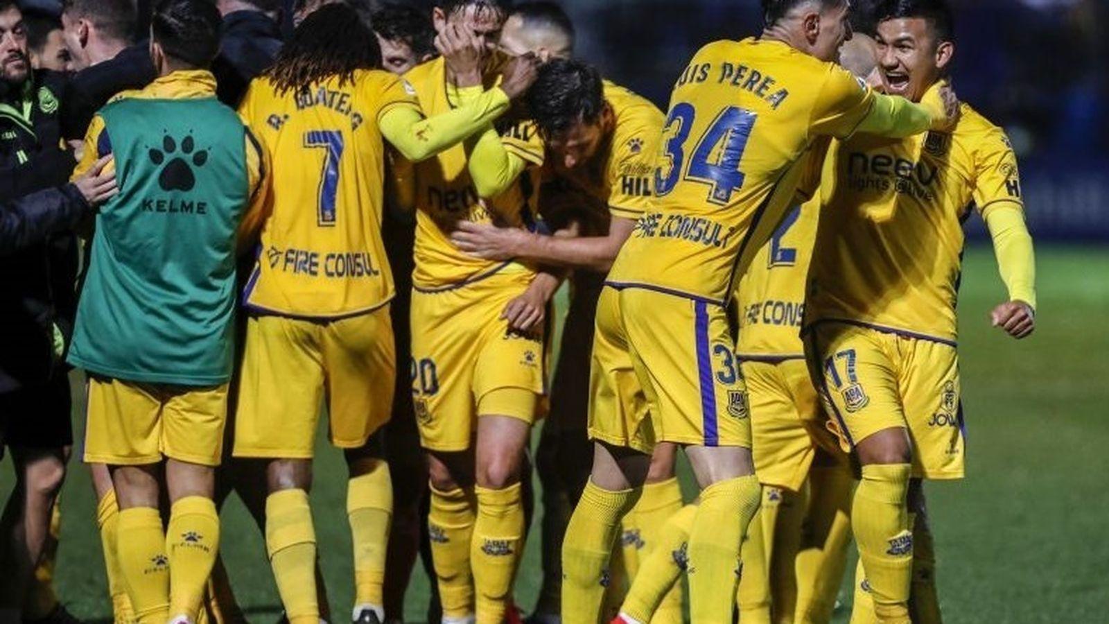 Foto: Jugadores del Alcorcón celebran un gol. (Europa Press)