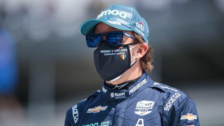 Quién está detrás de las mochilas apadrinadas por Fernando Alonso