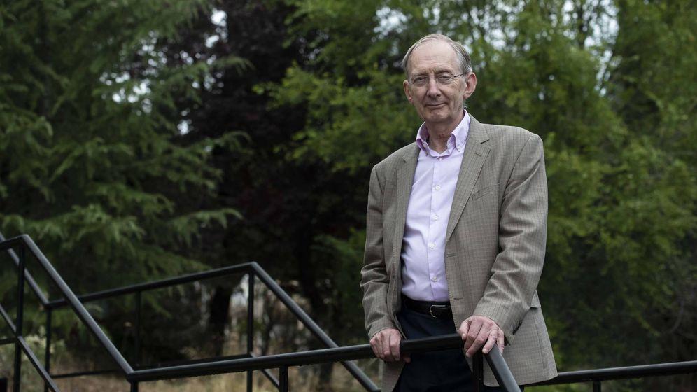 Foto:  Sir John Pendry, catedrático de Teoría Física de Estado Sólido en el Imperial College (FBBVA)