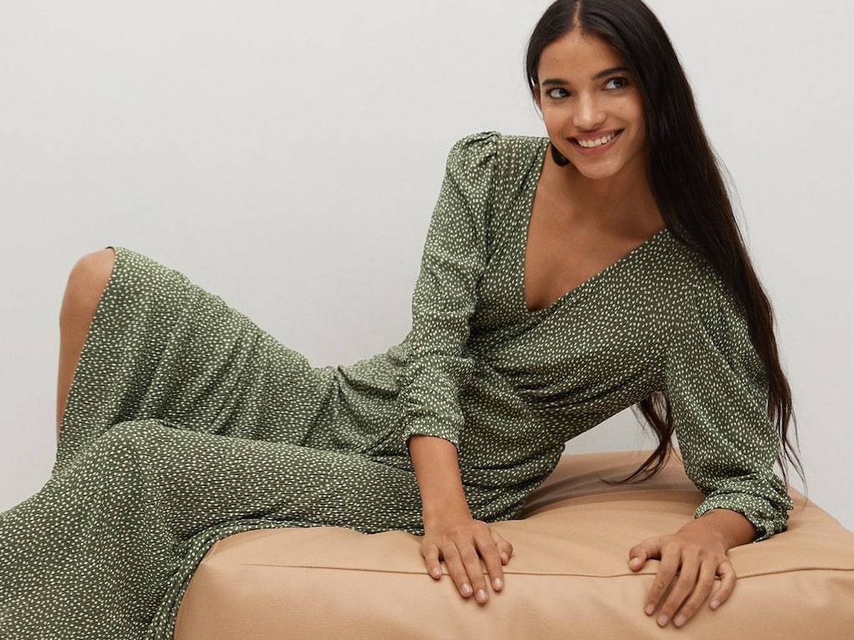 Foto: Este vestido de Mango es ideal para lucir con botas y botines. (Cortesía)