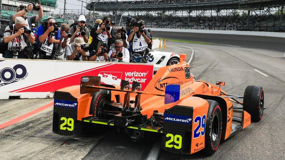 Alonso, empapado en adrenalina: Más allá de la física del coche, del circuito...