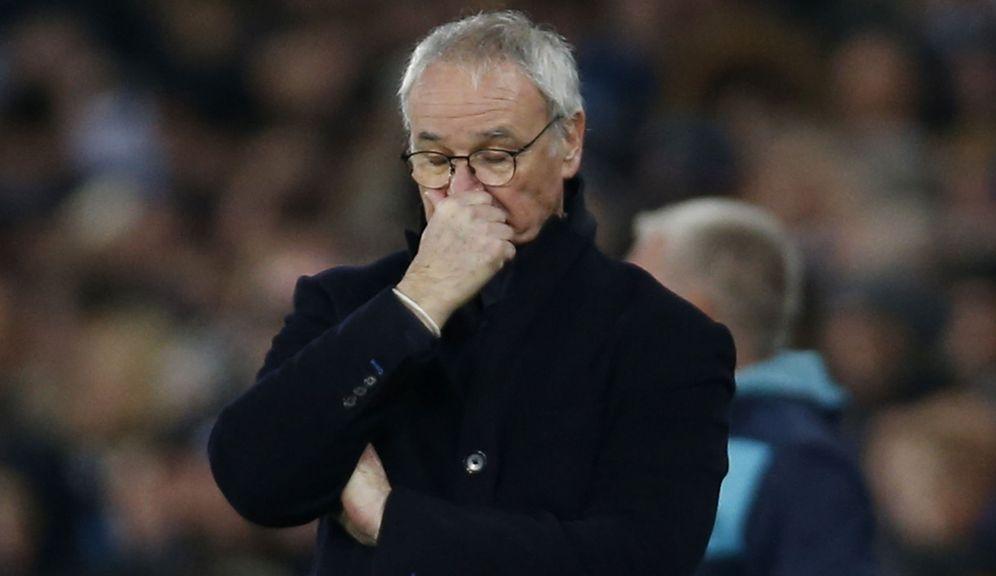 Foto: Claudio Ranieri vive un complicado momento en el Leicester City (Reuters)