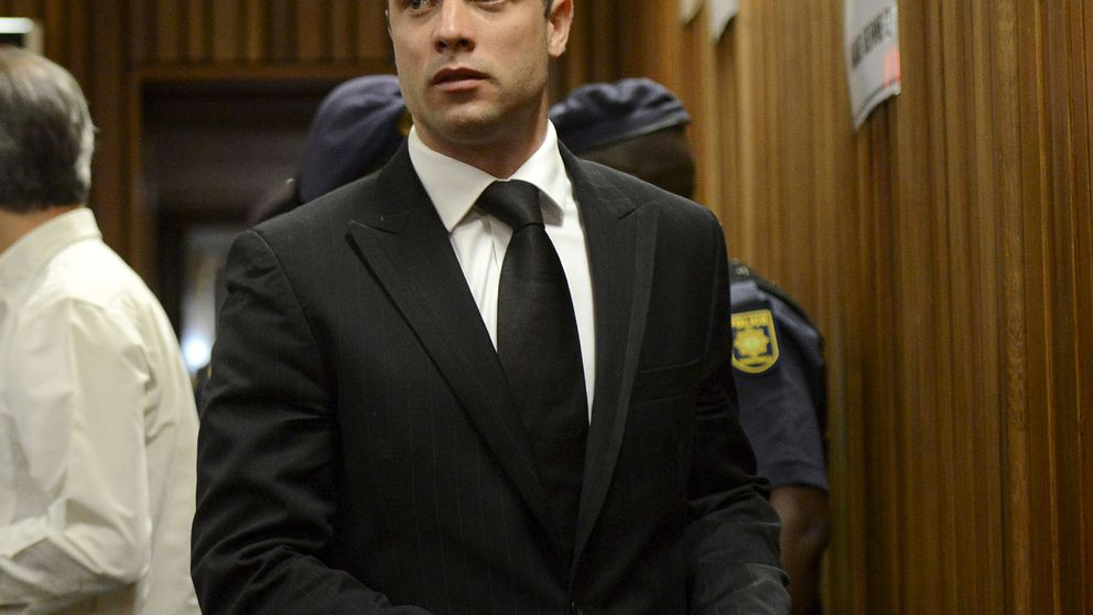 Pistorius, condenado a 5 años de cárcel por el homicidio de su novia