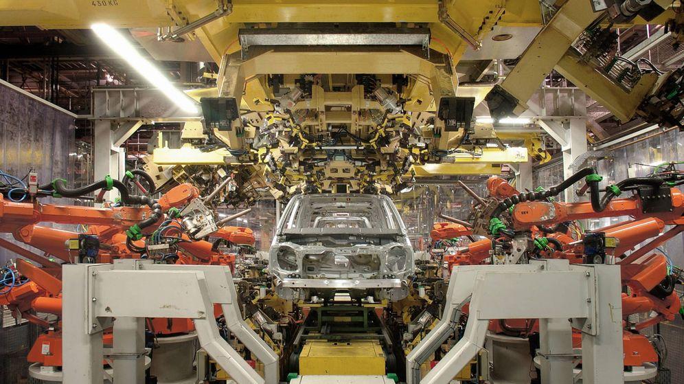Foto: Con la llegada del coche eléctrico las plantas españolas de automoción se ven sometidas a una gran presión.