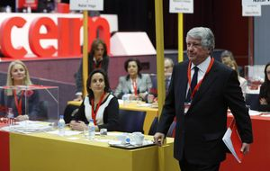 Fernández y otros dos directivos de CEIM devuelven 118.500 euros