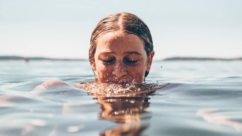 A diferencia del jamsu, en el seven skin method no hay que sumergir el rostro sino aplicar el producto a toquecitos. (Unsplash)
