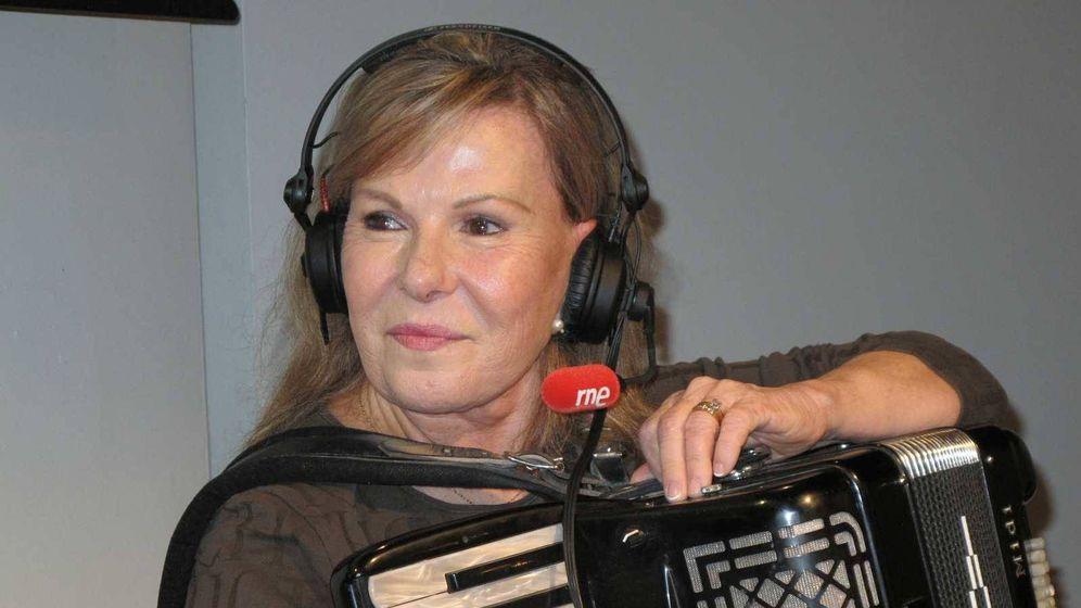 Foto: María Jesús y su acordeón. (TVE)