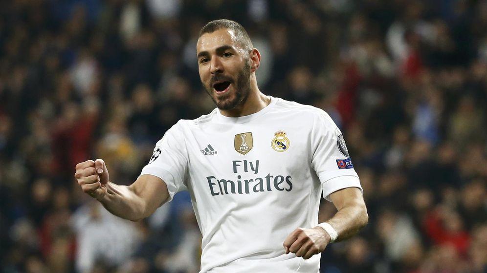 Foto: Benzema celebra uno de sus tres goles al Malmoe. (REUTERS)