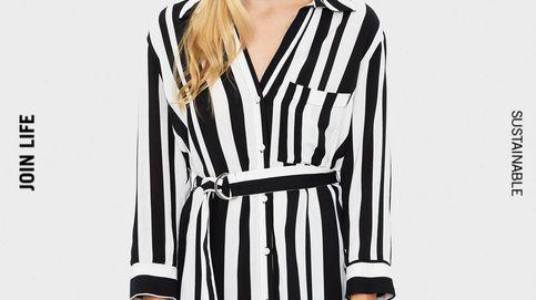 El vestido camisero de Bershka que triunfa en ventas es perfecto para lucir con medias y botas