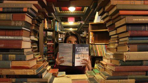 Detenida por extorsionar a una escritora para devolverle el borrador de su libro
