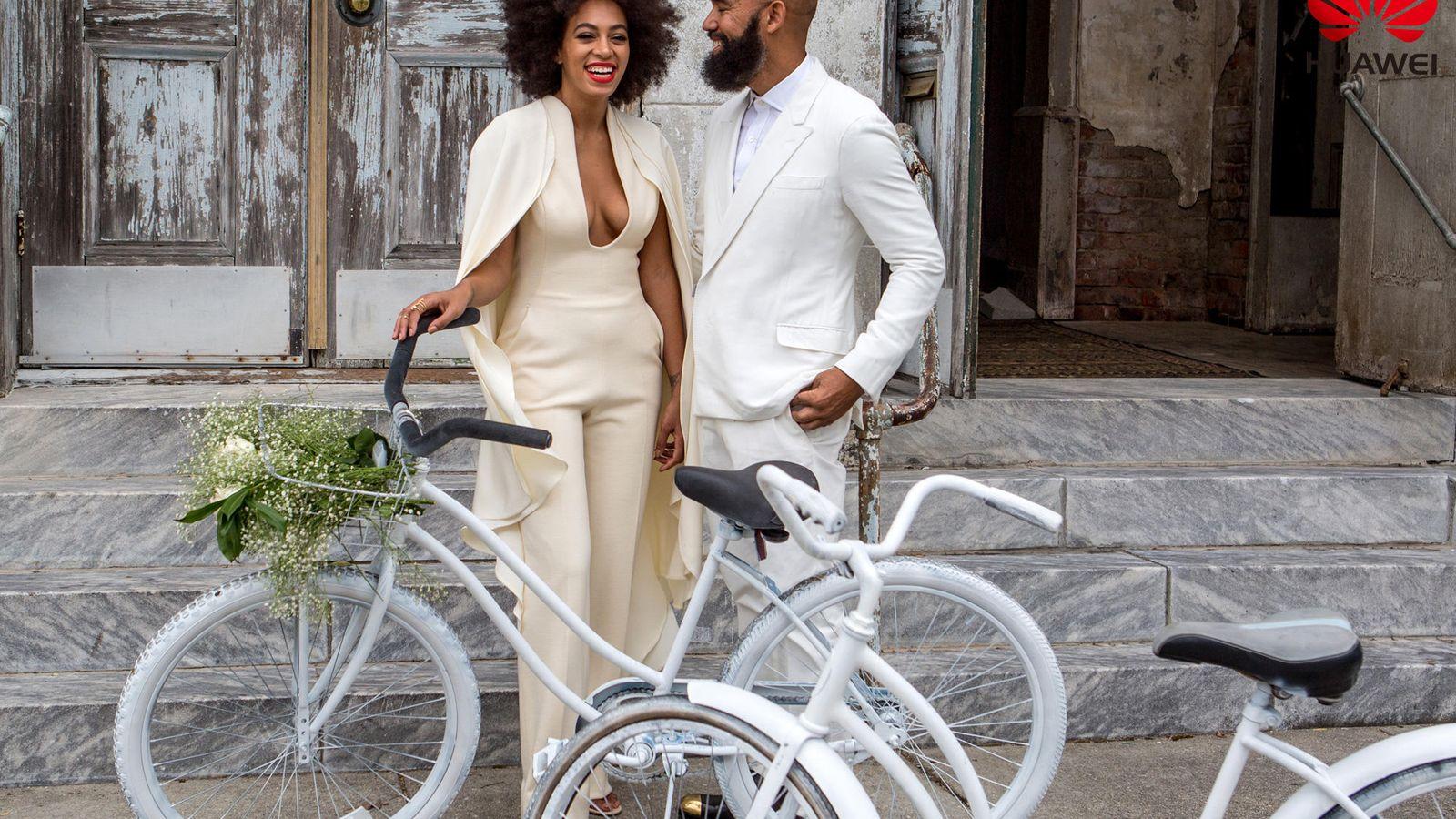 Foto: Solange Knowles y su marido el día de su boda ('hipster')