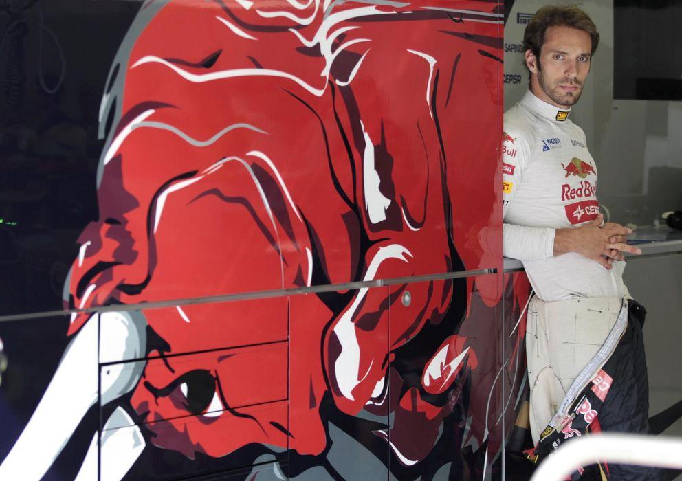 Foto: Jean Eric Vergne en su 'camión' de Toro Rosso.