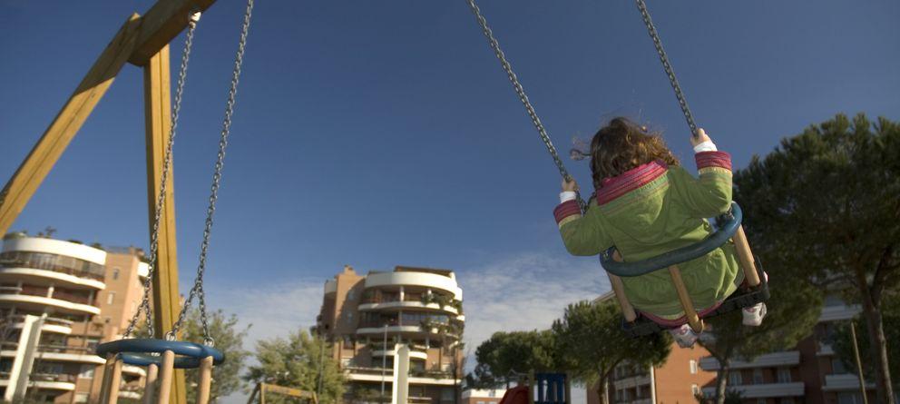 Foto: Los niños deben seguir jugando en la calle. (iStock)