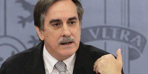 Foto: Valeriano Gómez, en su último día en el cargo, adjudicó 152 millones en subvenciones