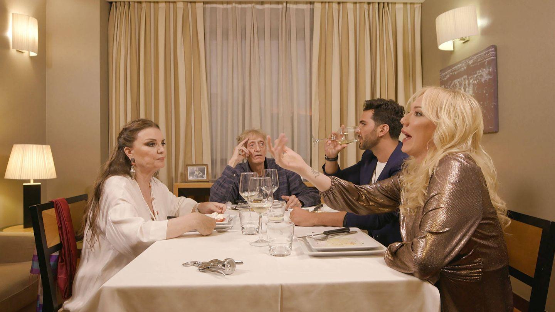 Los comensales de 'Ven a cenar conmigo'. (Cuatro)