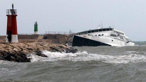 Los destrozos de la DANA en Alicante: acaba con el polideportivo de Denia y hunde un ferry