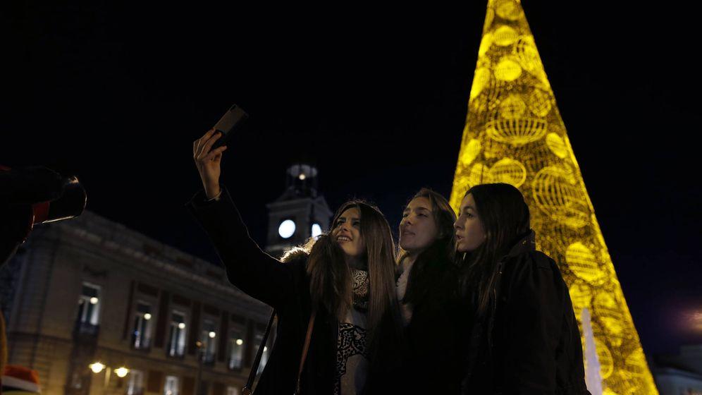 Foto: Largo viaje al final de la noche. (Reuters/Javier Barbancho)
