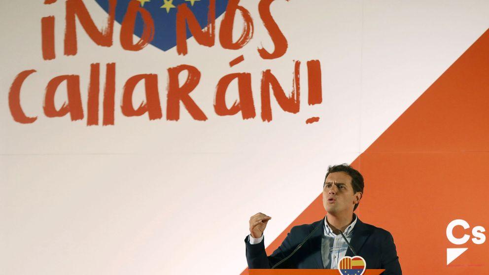 Rivera exige a Rajoy que no se instale en la pasividad y que evite la independencia