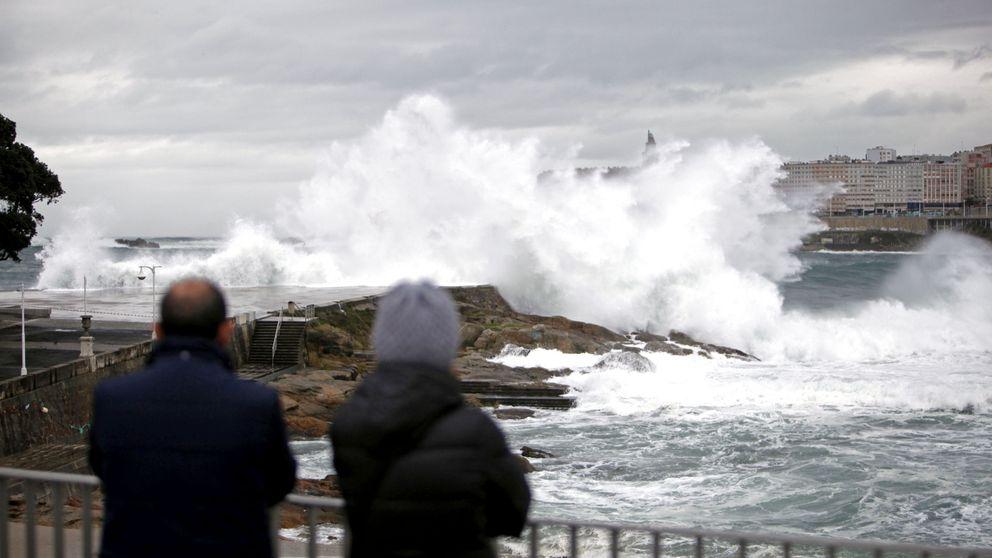 De Galicia a Gales: la lluvia y el viento protagonizan la semana e impiden localizar al bebé asturiano