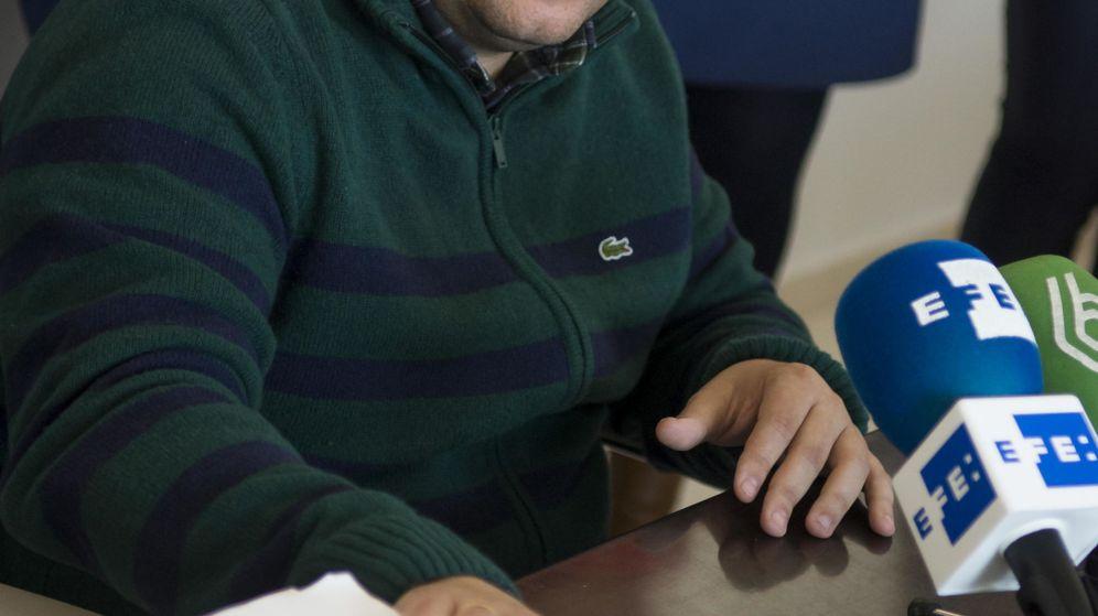 Foto: Diego Manuel Agüera, alcalde de la Algaba, ha negado que haya amañado algún contrato y ha achacado a una trampa-trampa la grabación que se realizó. (EFE)