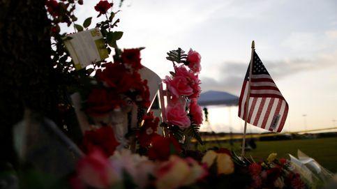 Memorial por las víctimas del tiroteo en Tejas