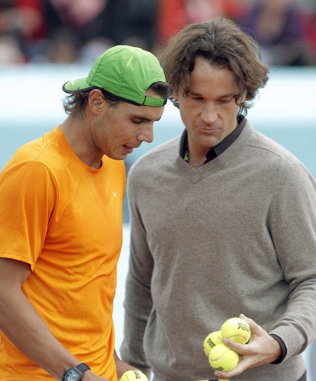 Foto: Rafa Nadal y Carlos Moyá, antes del Masters 1000 de Madrid de 2011 (EFE)