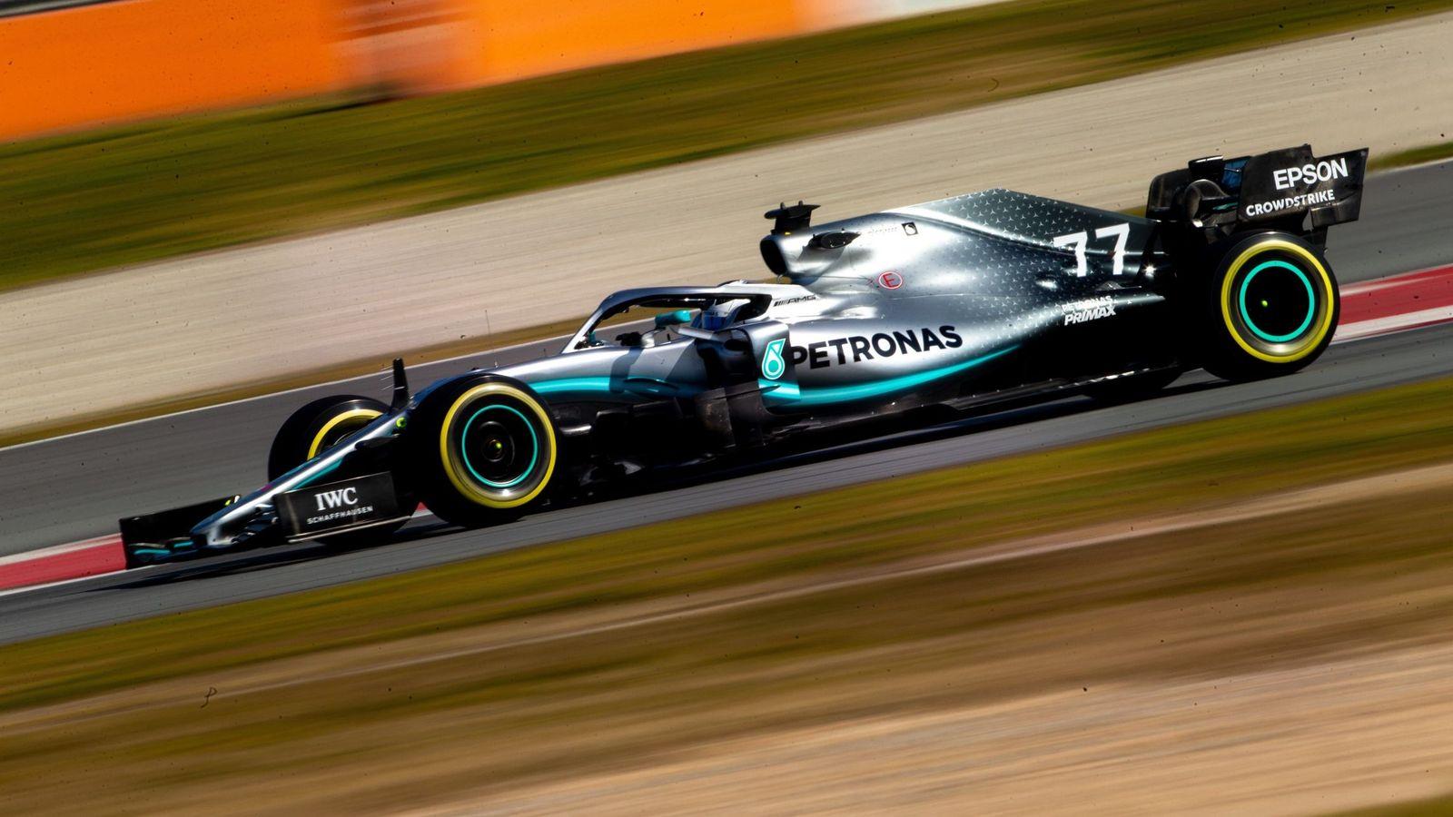 Foto: Bottas, en su Mercedes, el monoplaza que 'dirige' Toto Wolff. (EFE)