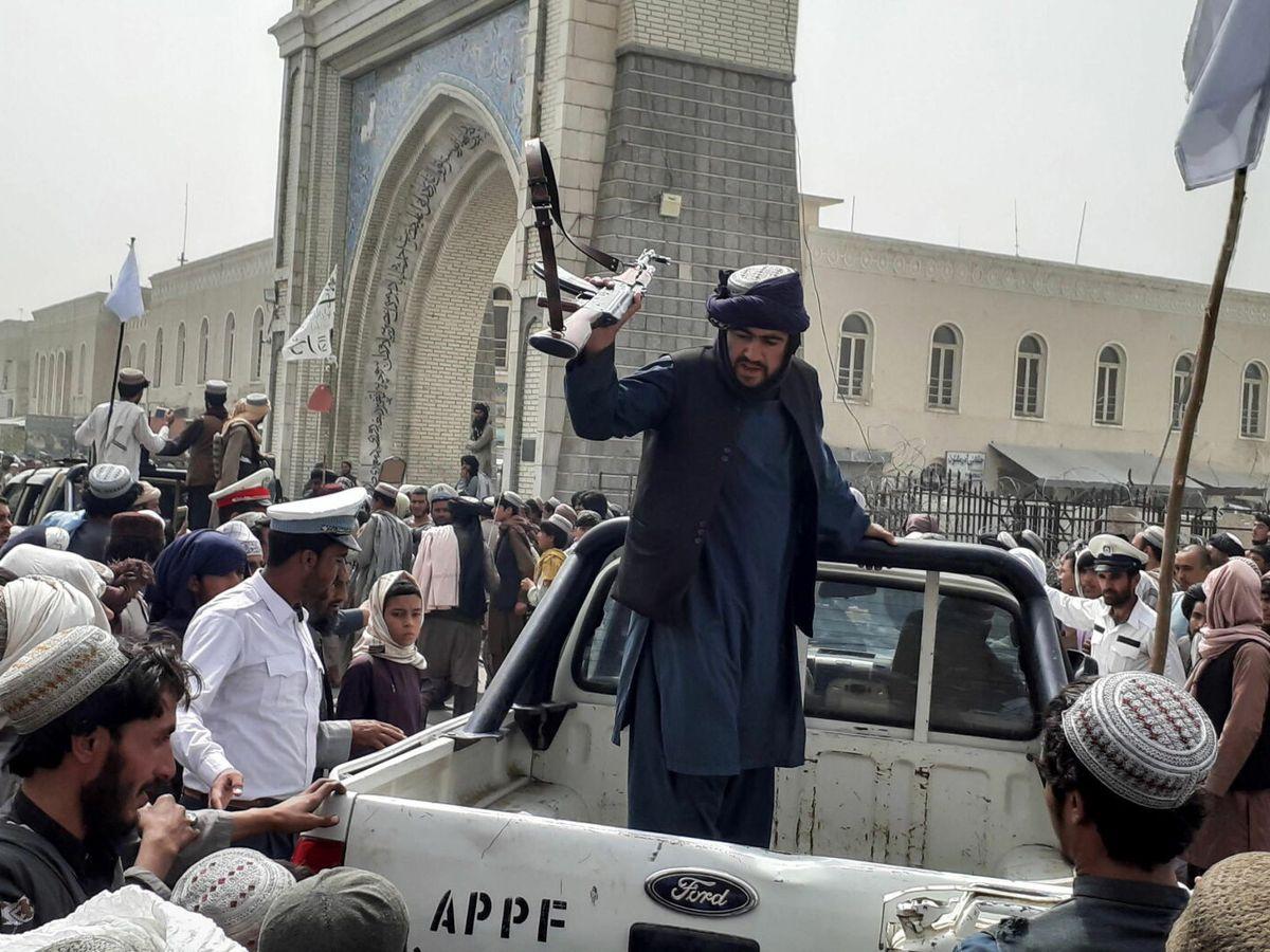 Foto: Talibanes en Kandahar (Afganistán). (EFE)