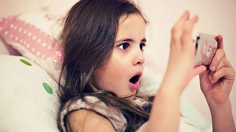 Trucos para dejar el móvil a tu hijo sin que borre 'emails' o mande wasaps a tu jefe