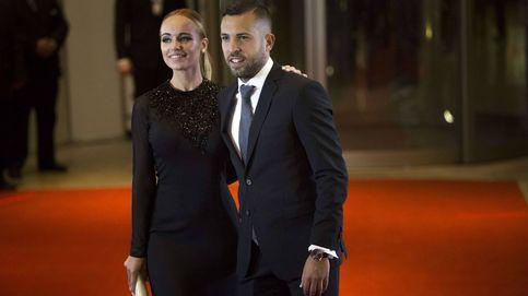 La agridulce semana de Jordi Alba y su pareja, Romarey Ventura