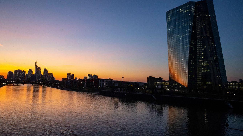 La banca eleva en otros 30.000 M su liquidez en el BCE a la espera de que acelere el PIB