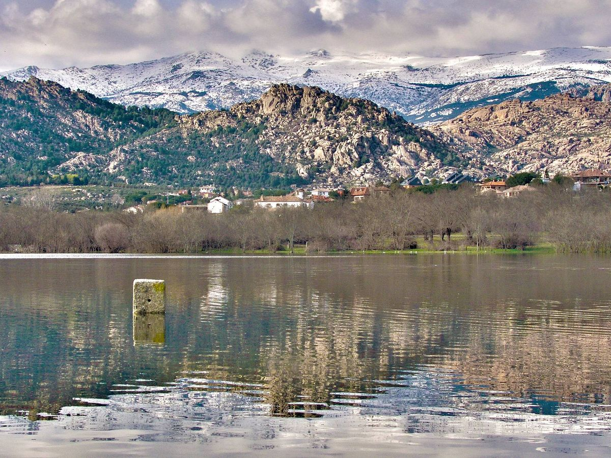 Foto: Embalse de Santillana. (EFE)