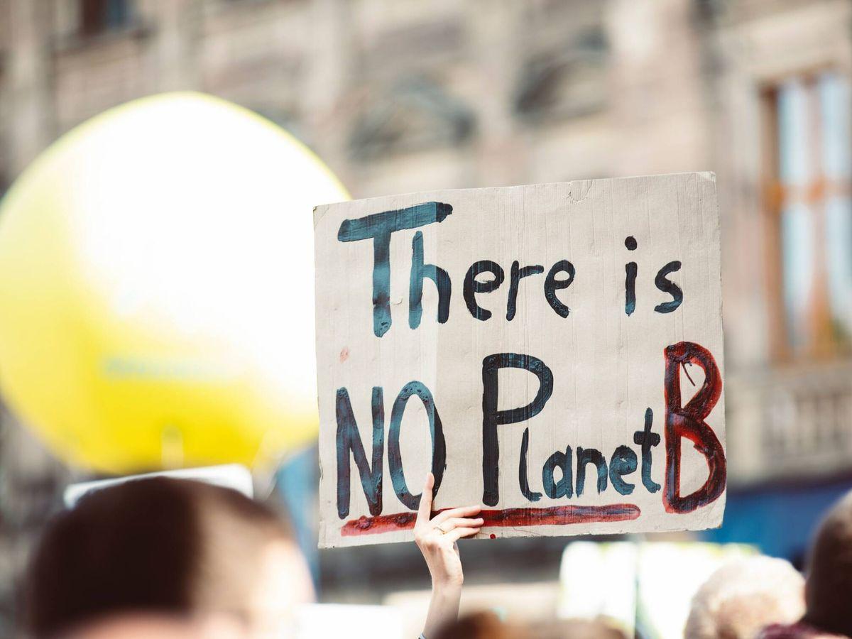 Foto: Un cartel de 'No hay un planeta B' (Pexels)
