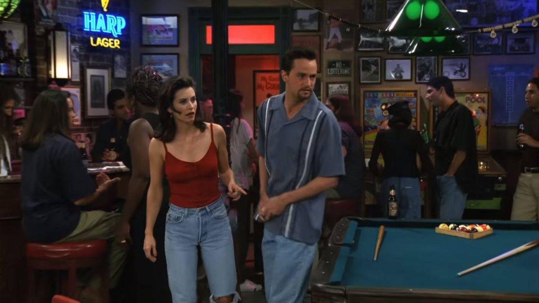 Imagen de la serie 'Friends', capítulo 'The one with the flashbacks'.