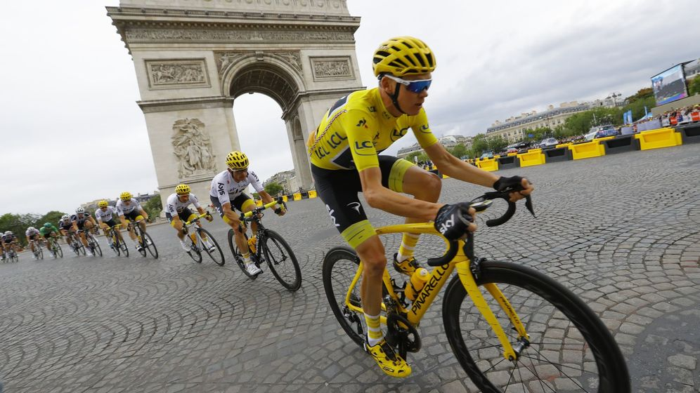 Foto: Chris Froome, de amarillo en el Tour. (EFE)