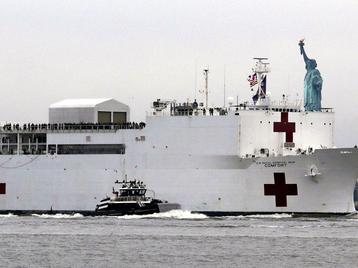 Foto: El barco sanitario que ha arribado hoy a Nueva York (EFE)